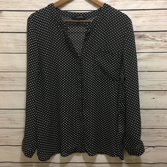 9468c6ad52df7 Sandro Studio Black Polka Dot Long Sleeve Blouse. M 5af7d5368df4709326f27595
